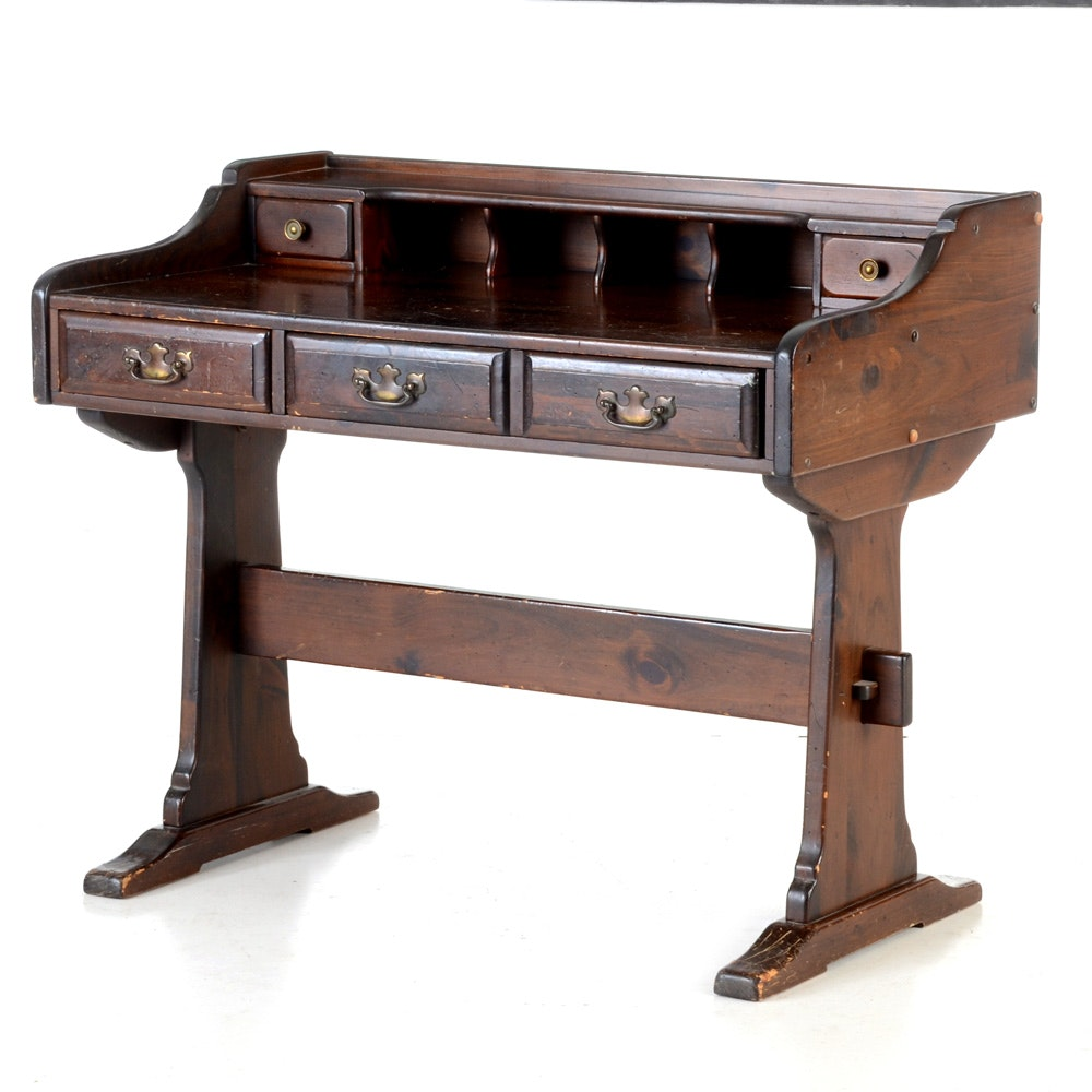 Beautiful Vintage Kling Colonial Trestle Desk : EBTH VG52