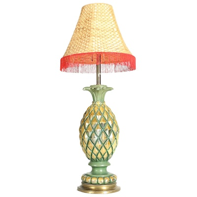 Pineapple Table Lamp With Bamboo Shade