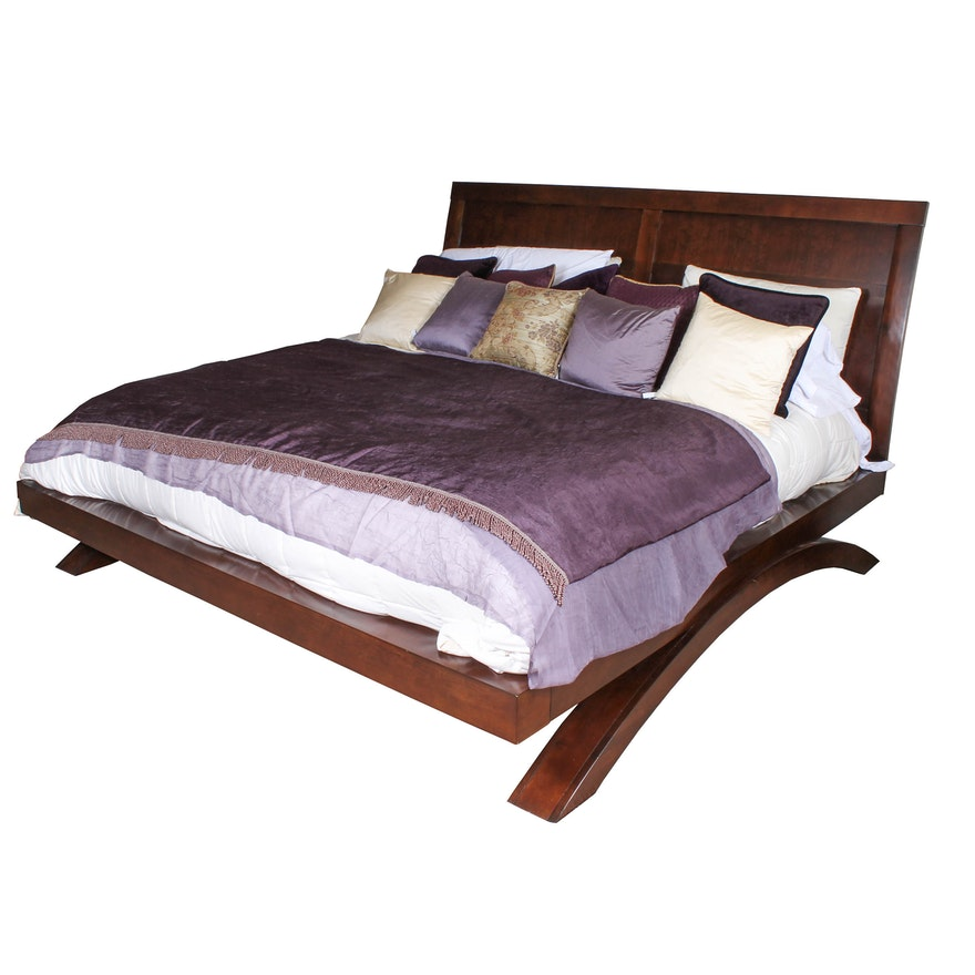 cherry king size platform bed from grant park collection ebth. Black Bedroom Furniture Sets. Home Design Ideas