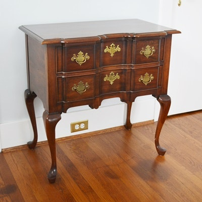 Pennsylvania House Queen Anne Style Side Table ...