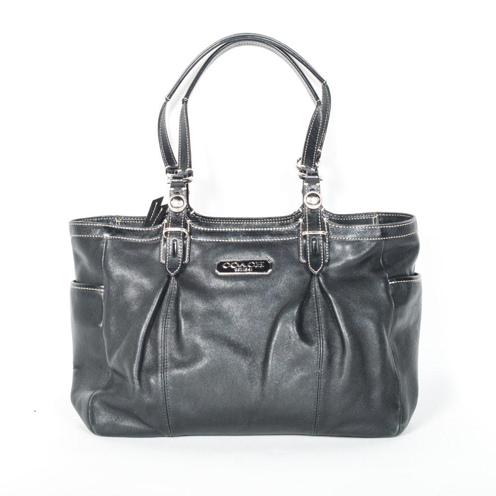 Coach East West Zip Gallery Handbag
