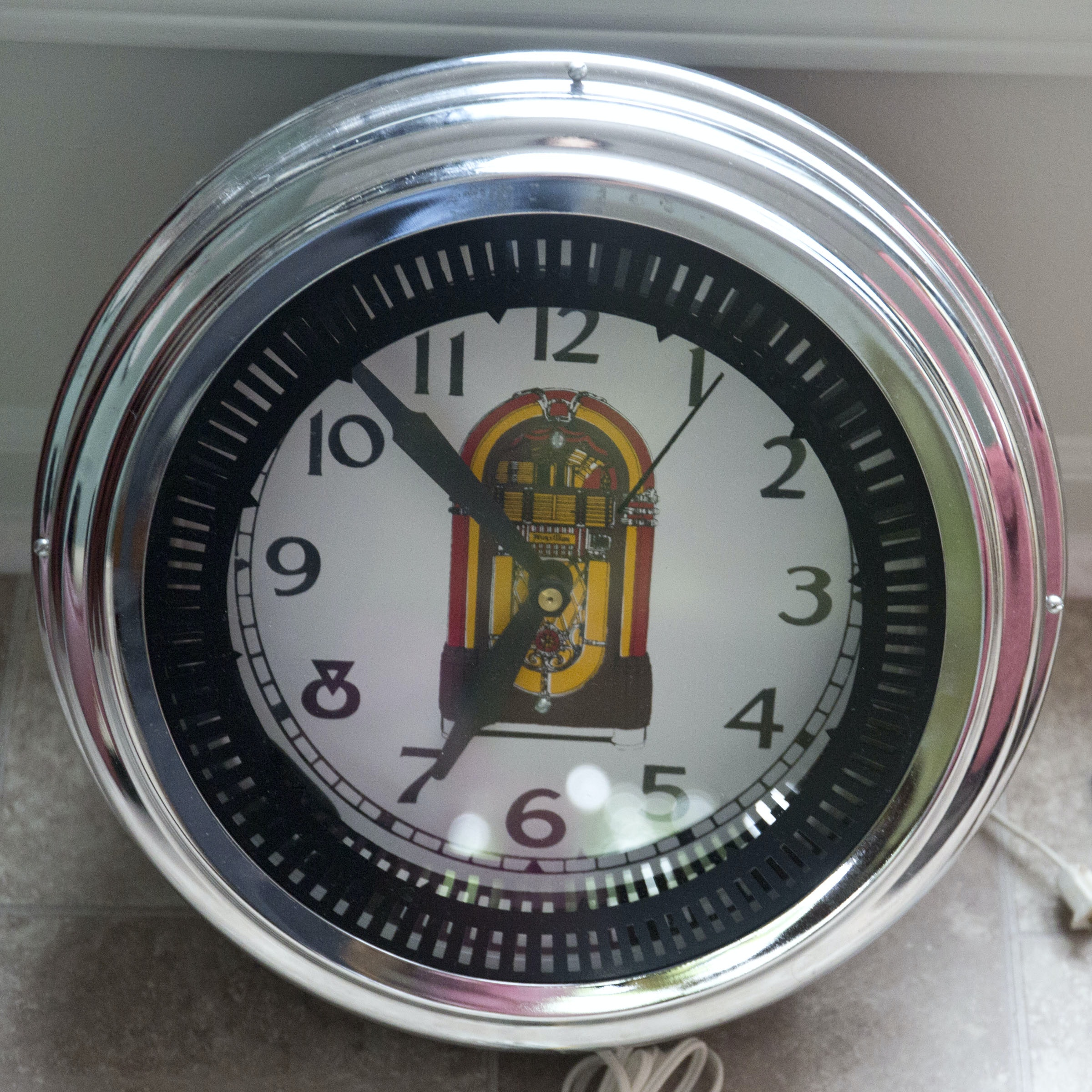 Neon Jukebox Themed Wall Clock