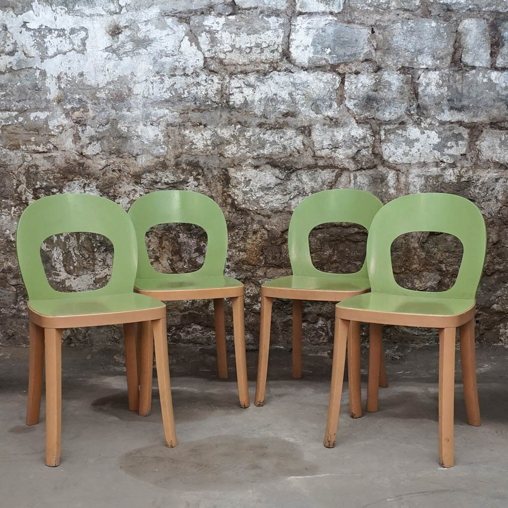 """ST6N"" Dining Chairs by Hussl"