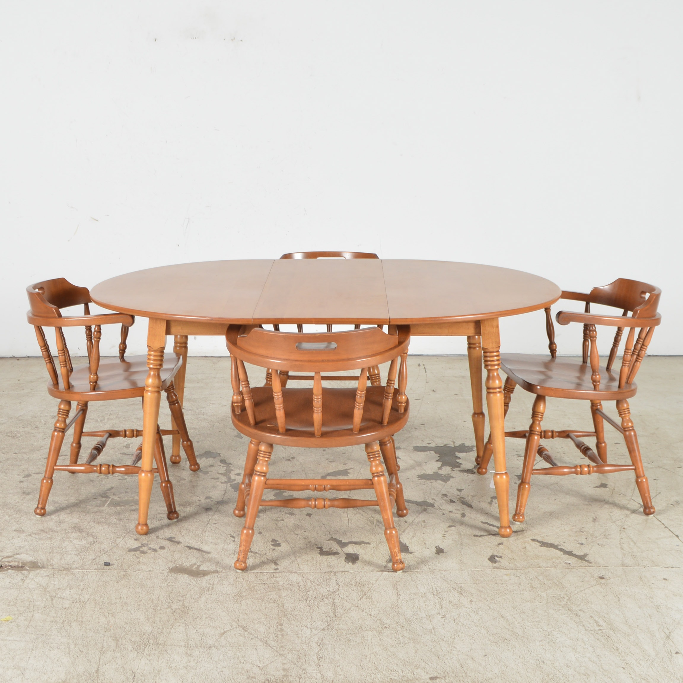 Gentil S. Bent U0026 Bros. Colonial Dining Table U0026 Chairs ...