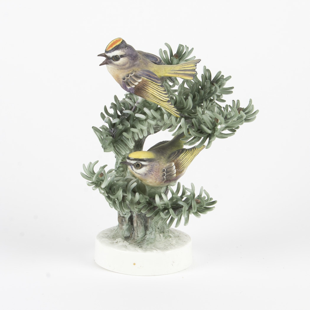 "Royal Worcester Dorothy Doughty ""Golden Crowned Kinglet"" Figurine"