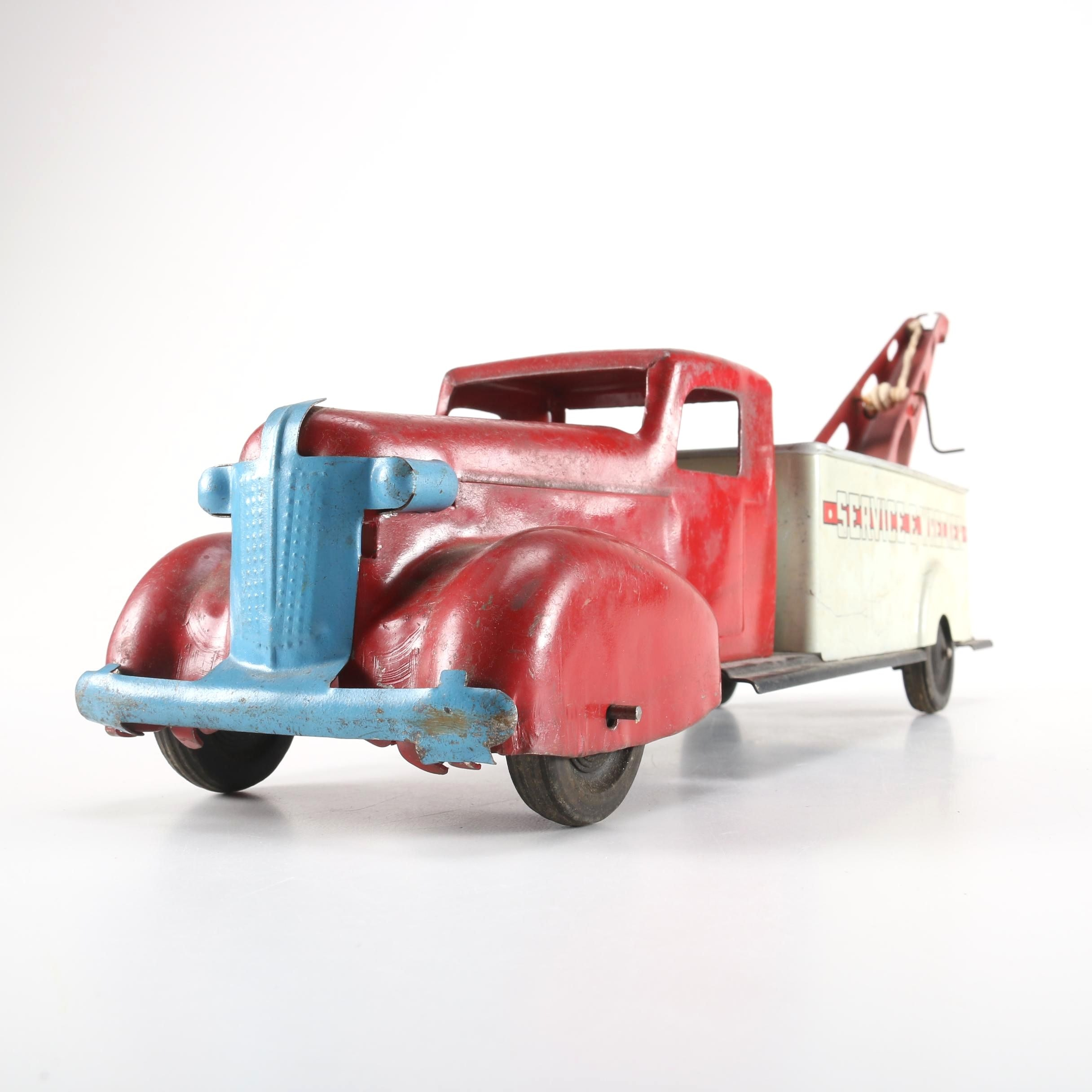 "1930s Wyandotte Toys ""Service Wrecker"" Tow Truck"
