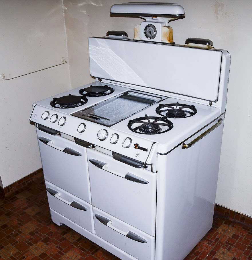 1940's O'Keefe & Merritt Gas Stove and Oven : EBTH