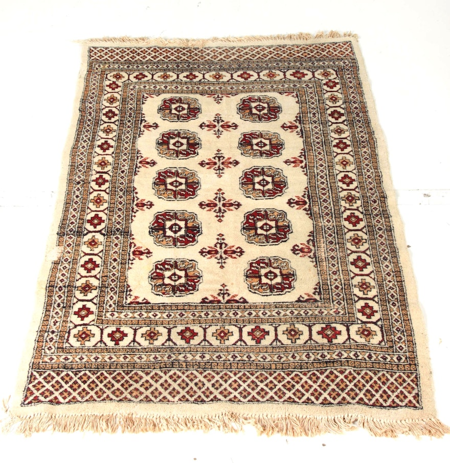 Persian Bokhara Hand Knotted Wool Area Rug: Hand-Knotted Pakistani Bokhara-Style Wool Area Rug : EBTH