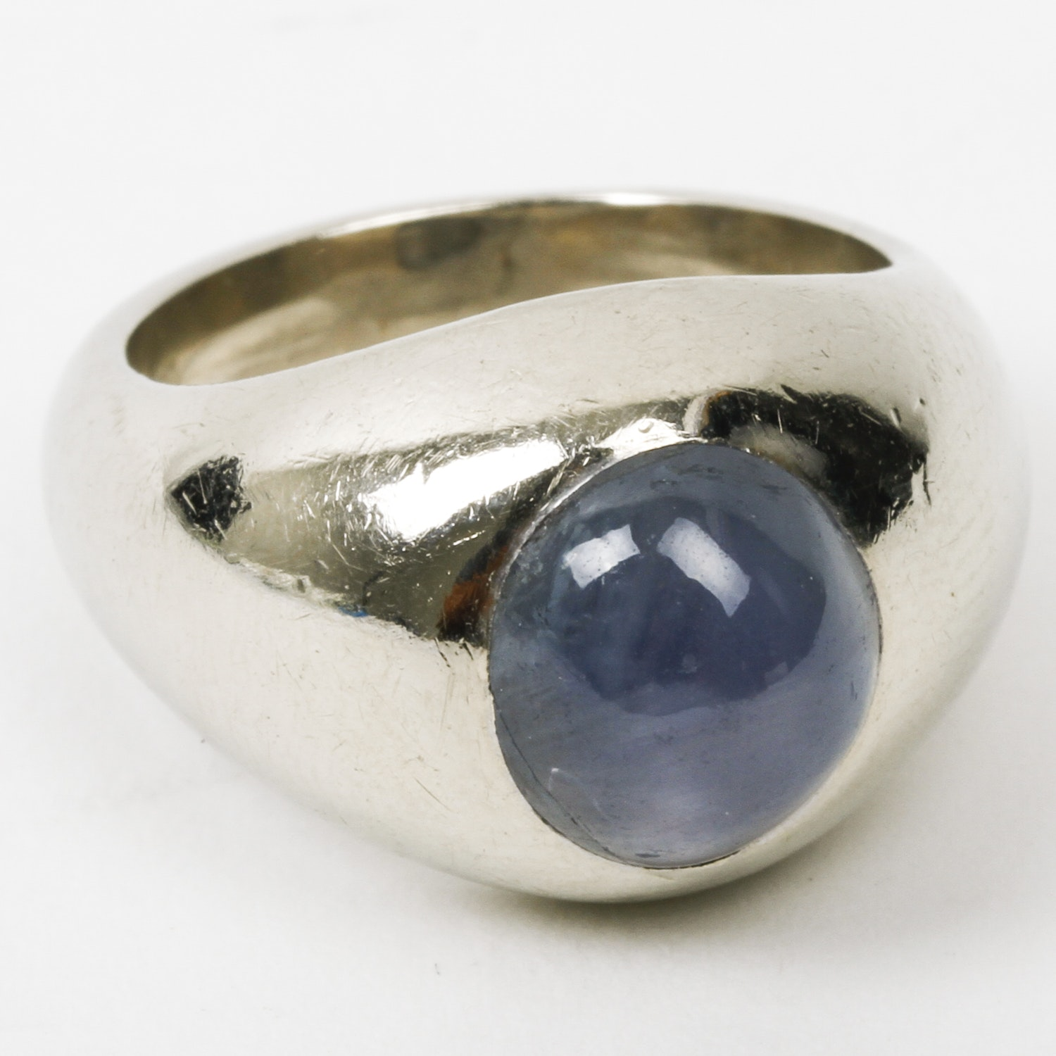 Handmade 14K White Gold and 8.25 CTS Star Sapphire Dome Ring