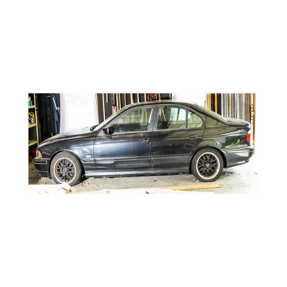 2001 BMW E39 530I Sedan