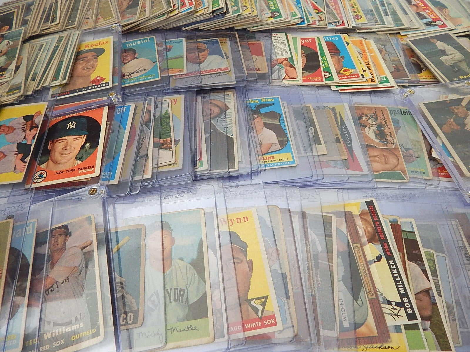 Large Vintage 1909 to 1960 Baseball Card Collection