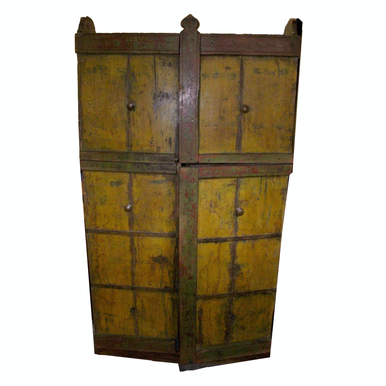 Antique Pennsylvania Dutch Style Painted Cabinet With Split-Open Doors