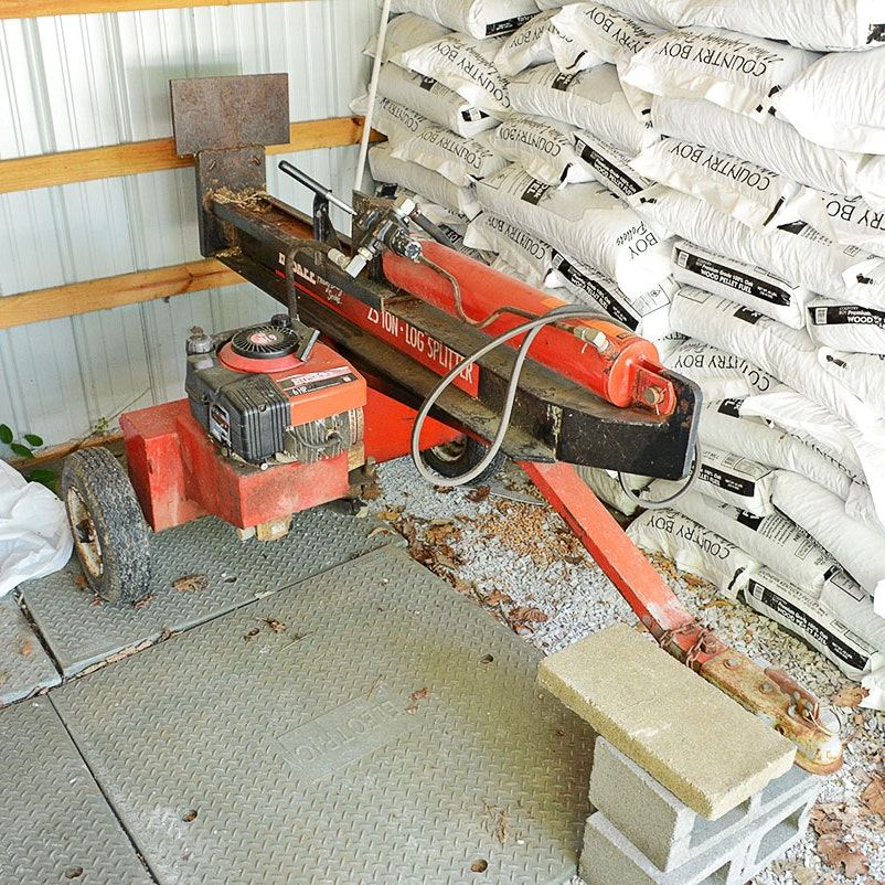 Huskee Heavy Duty Series 25 Ton Log Splitter