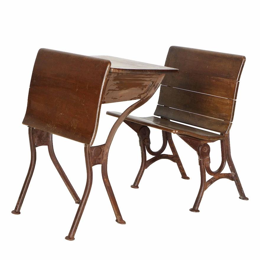 Antique Child's School Desk by American Seating Company and Chair ... - Antique Child's School Desk By American Seating Company And Chair : EBTH