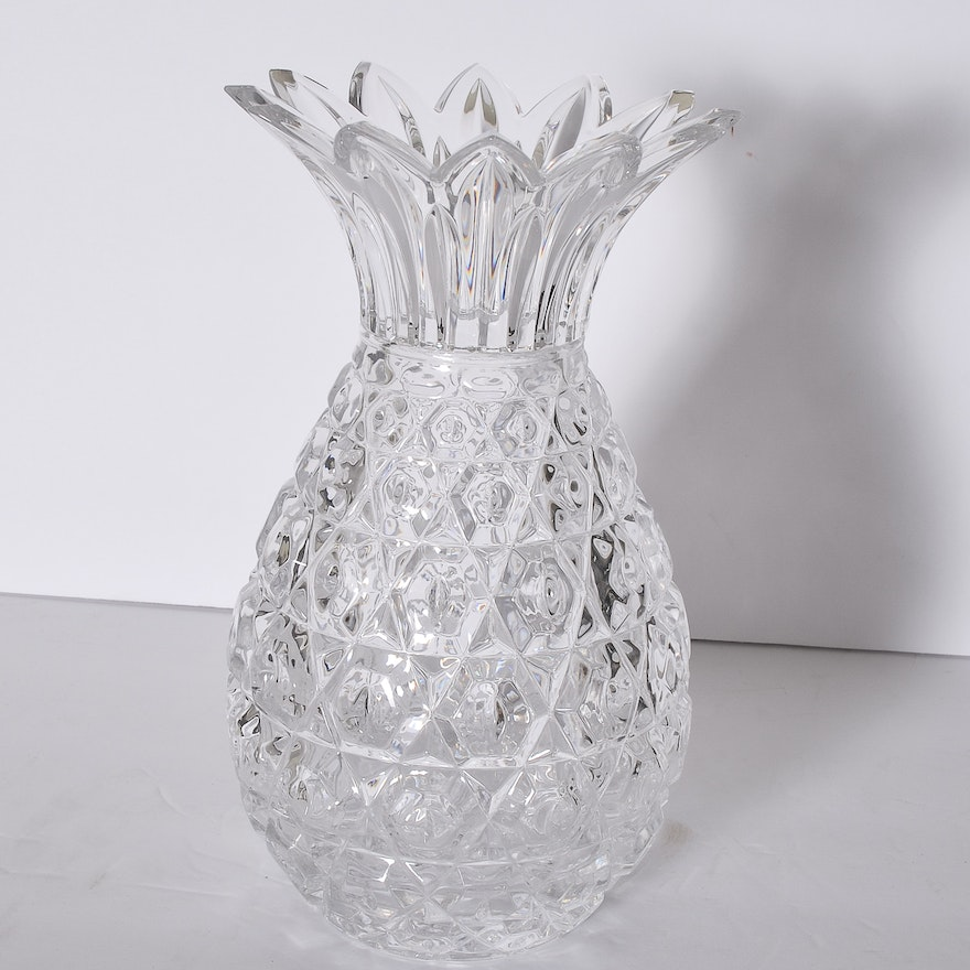 Shannon Crystal Pineapple Shaped Lead Crystal Vase Ebth