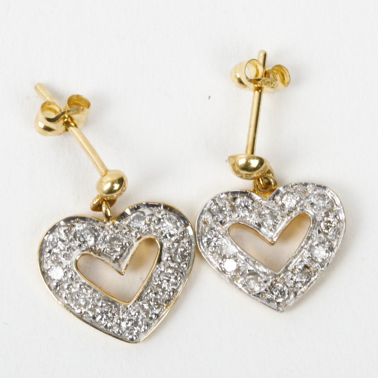 18K Yellow Gold and Pavé Diamond Heart Earrings
