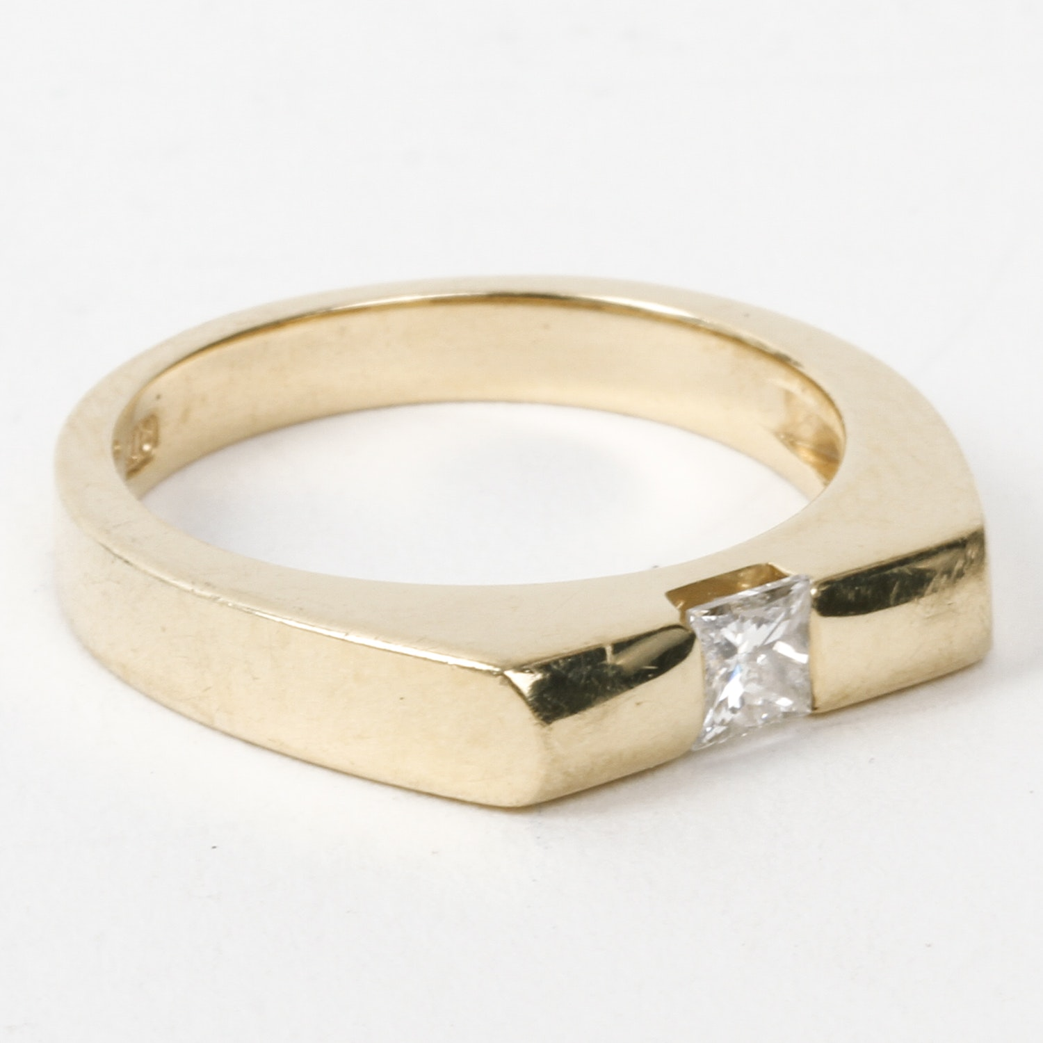 14K Yellow Gold and Solitaire Diamond Flat Top Ring