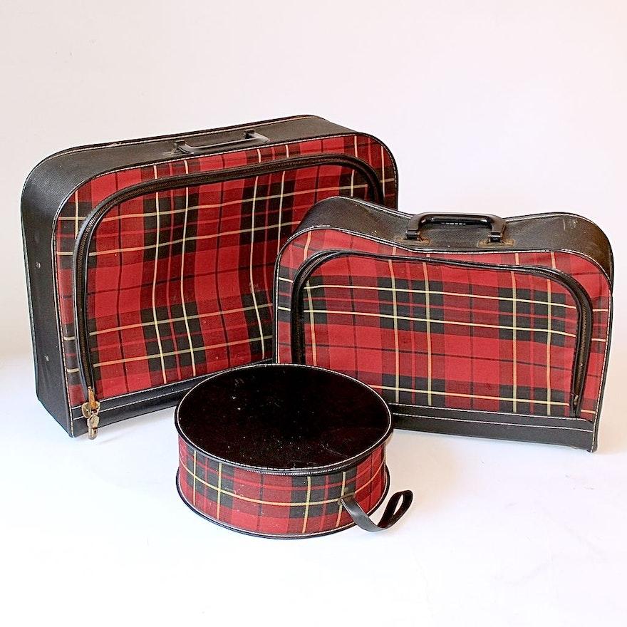 vintage plaid and vinyl five piece children 39 s luggage set ebth. Black Bedroom Furniture Sets. Home Design Ideas