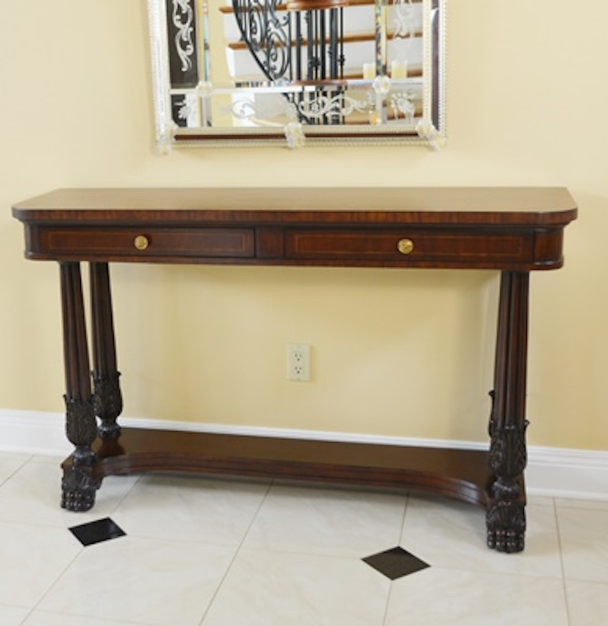 colonial revival style mahogany foyer table by hickory chair ebth. Black Bedroom Furniture Sets. Home Design Ideas