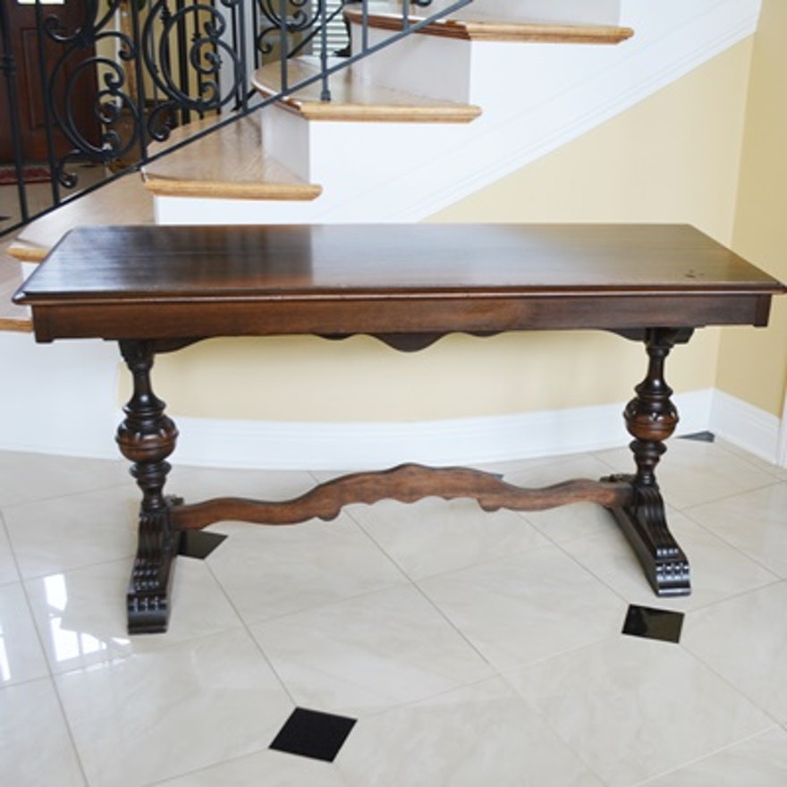 Table Console à Rallonge: Vintage Walnut Trestle Leg Console Table With Butterfly