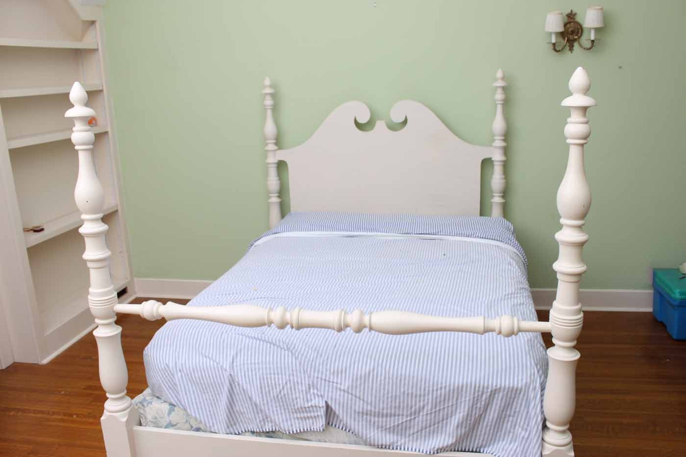 Contemporary Queen Anne Style Full Size Four Poster Bed Frame