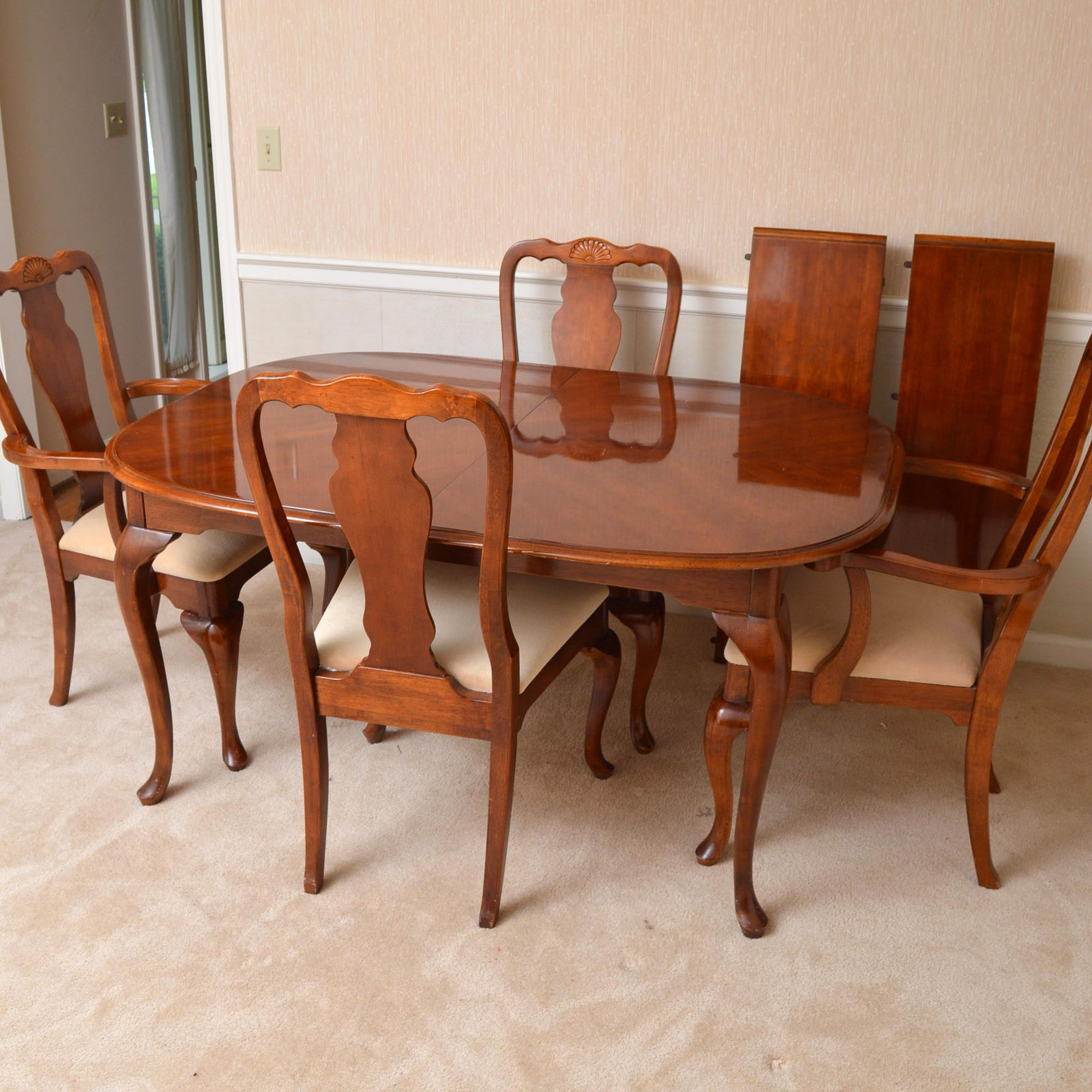 Queen Anne Style Dining Table and Chairs