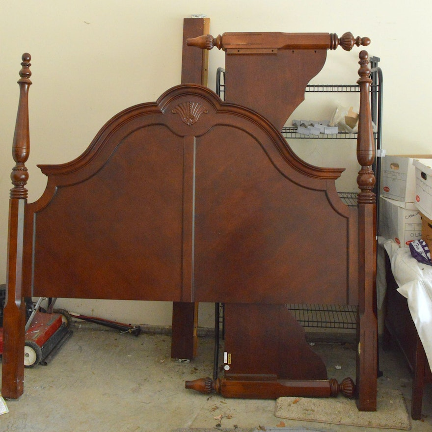 Queen Anne Style King Size Bed Frame : EBTH