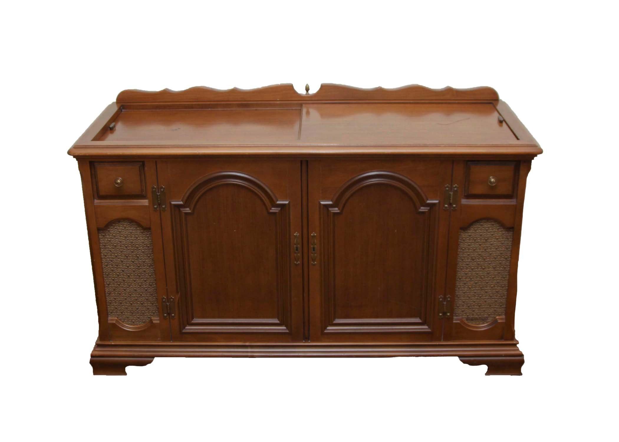 Magnavox Vintage Stereo Cabinet