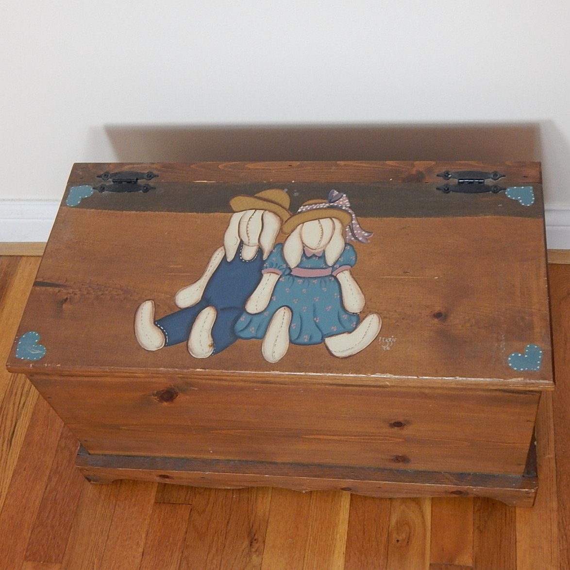 Pine Small Wood Chest Painted with Bunny Images
