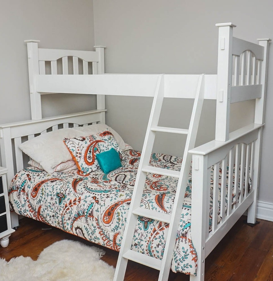 Pottery Barn Bunk Beds: Twin Over Full Bunk Bed By Pottery Barn Kids : EBTH