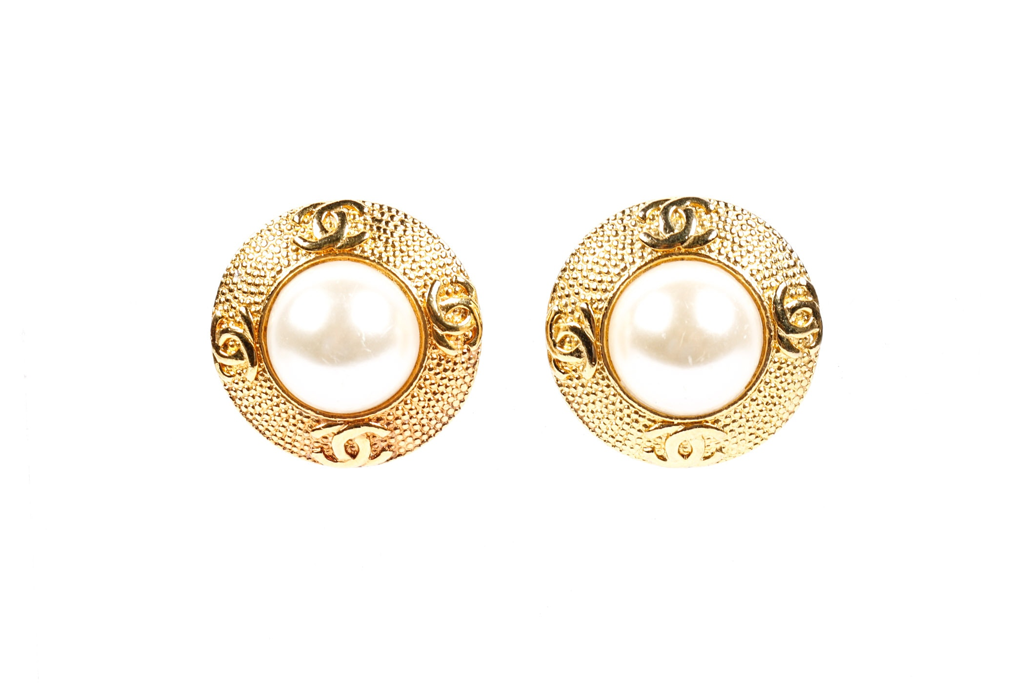 Vintage 1980s Chanel Faux Pearl and Gold Toned Earrings