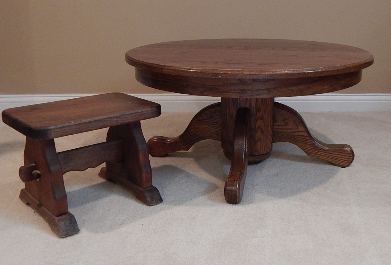 Round Oak Coffee Table and Small Pine Bench