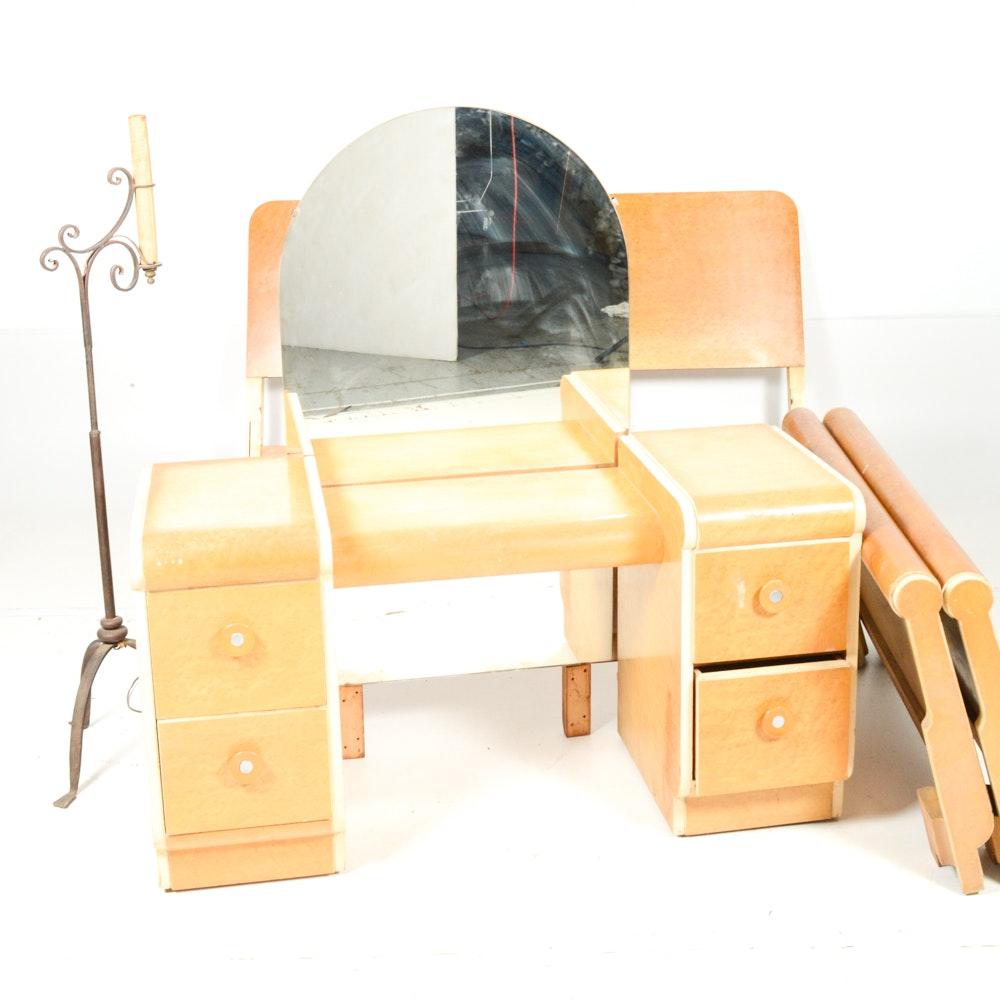 Vintage Art Deco Bedroom Group With Floor Lamp