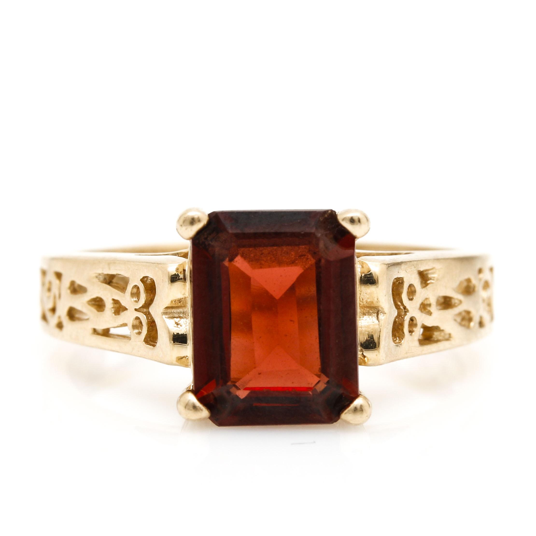 14K Yellow Gold Garnet Filigree Ring