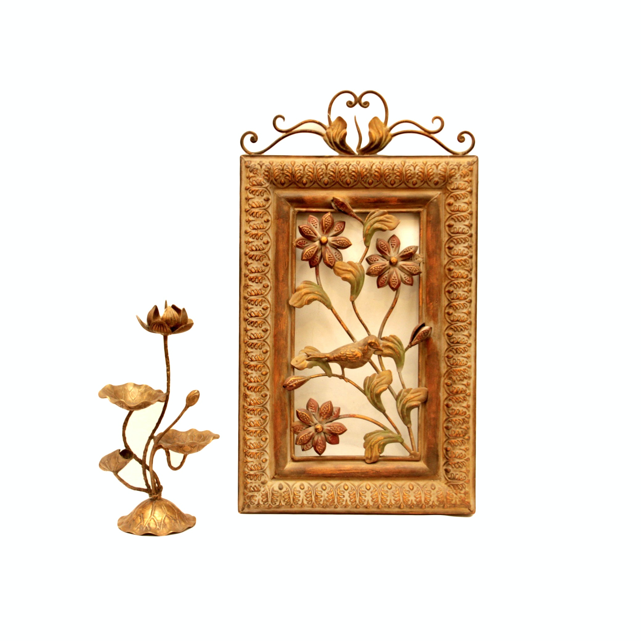 Metal Wall Decor and Garniture with Floral Theme
