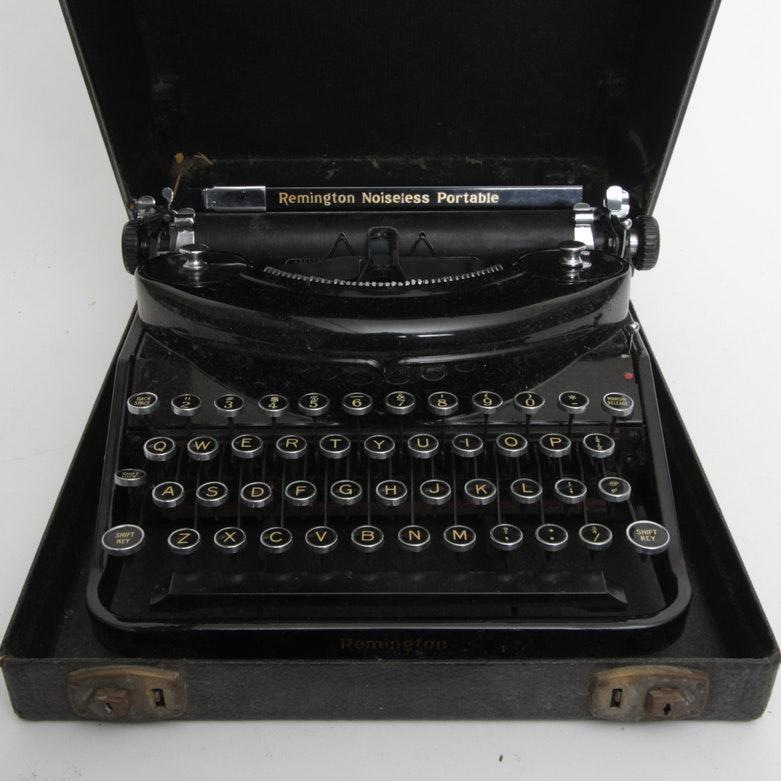 Vintage Remington Noiseless Portable Typewriter