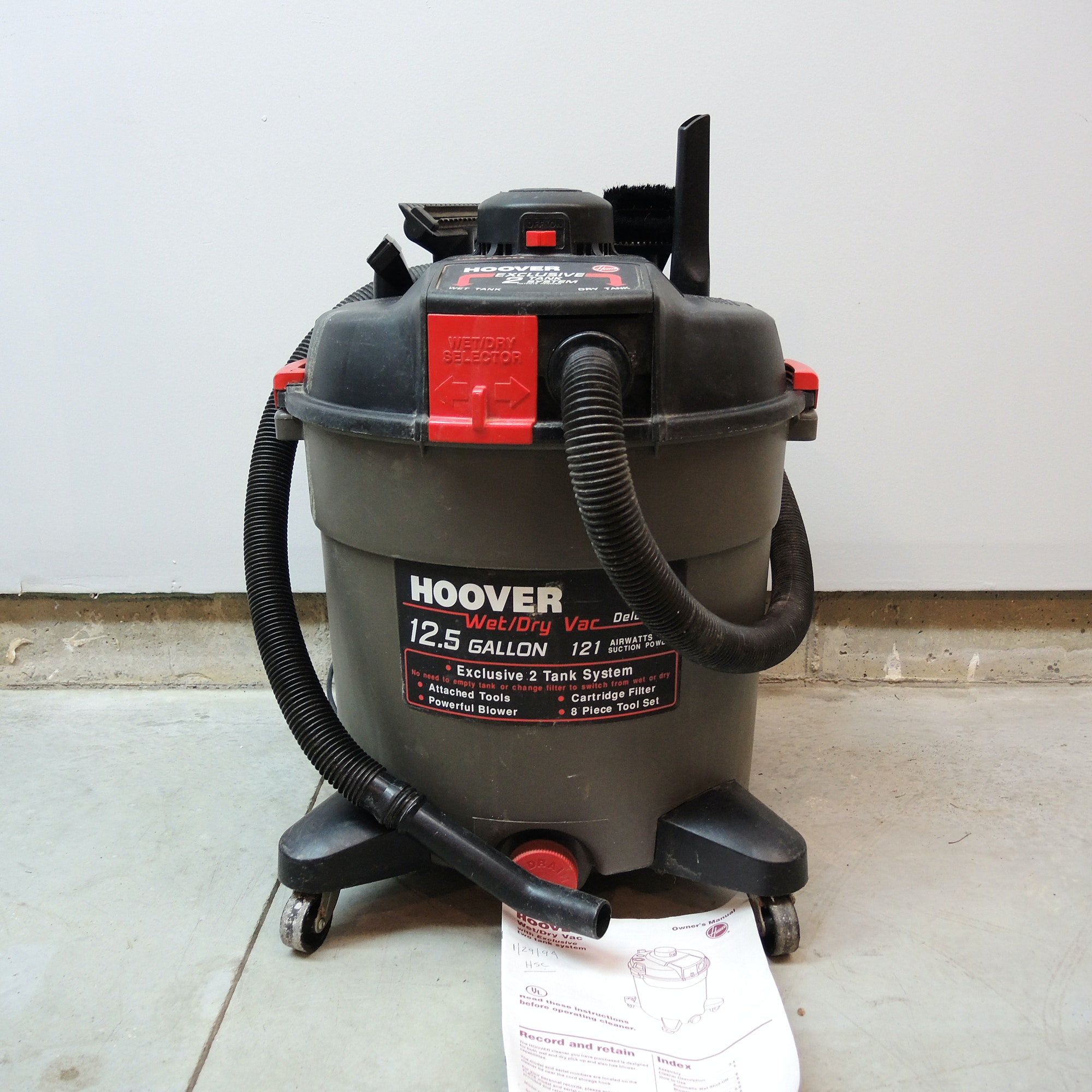 Hoover 12.5 Gallon Wet Dry Vac Deluxe
