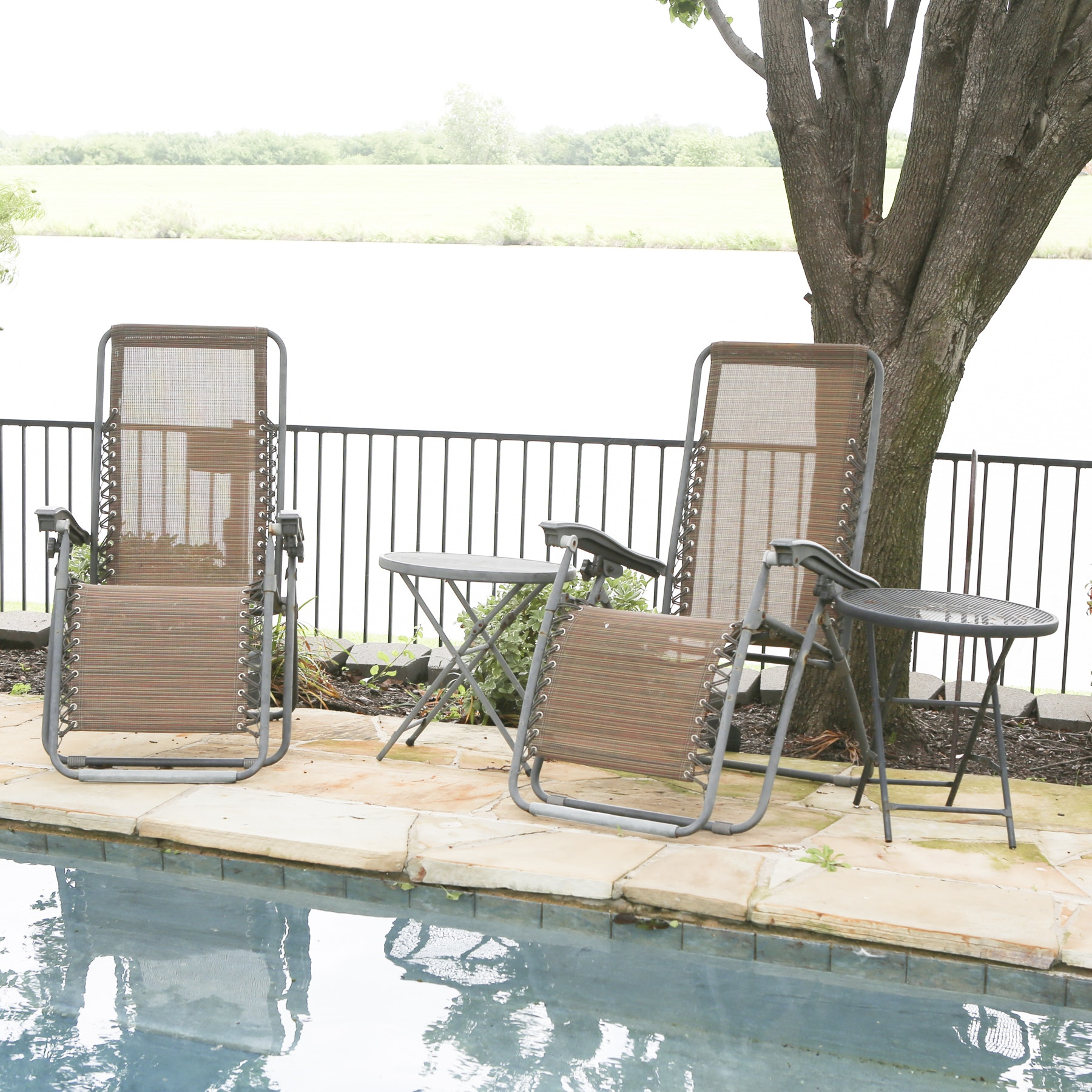 Pair of Travel Chaise Lounge Chairs with Two Accent Tables