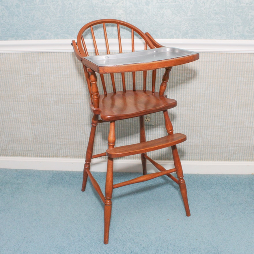 Vintage Oak High Chair With Removable Metal Tray ... - Vintage Oak High Chair With Removable Metal Tray : EBTH