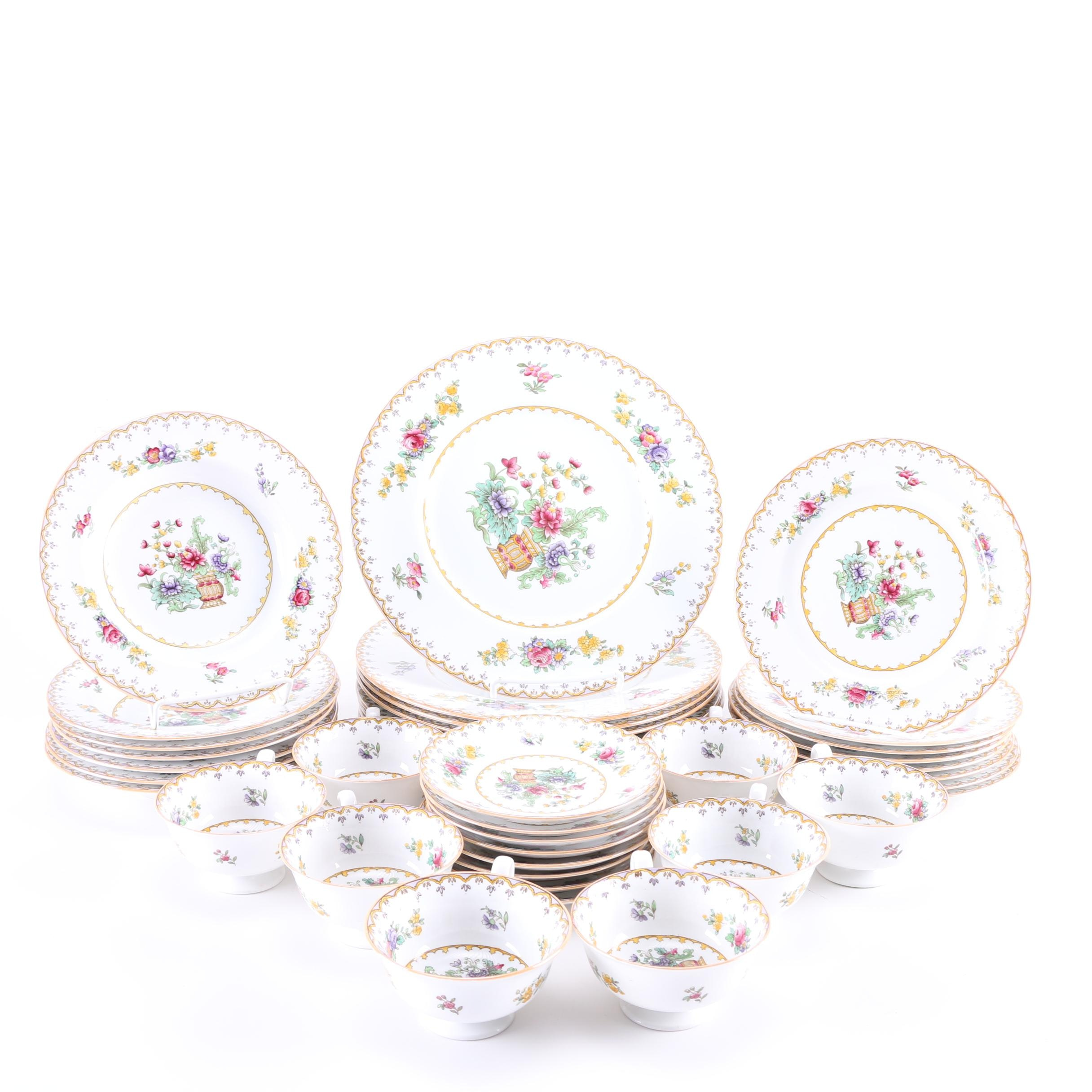 """Spode Porcelain Table Service in the """"Peplow"""" Pattern"""