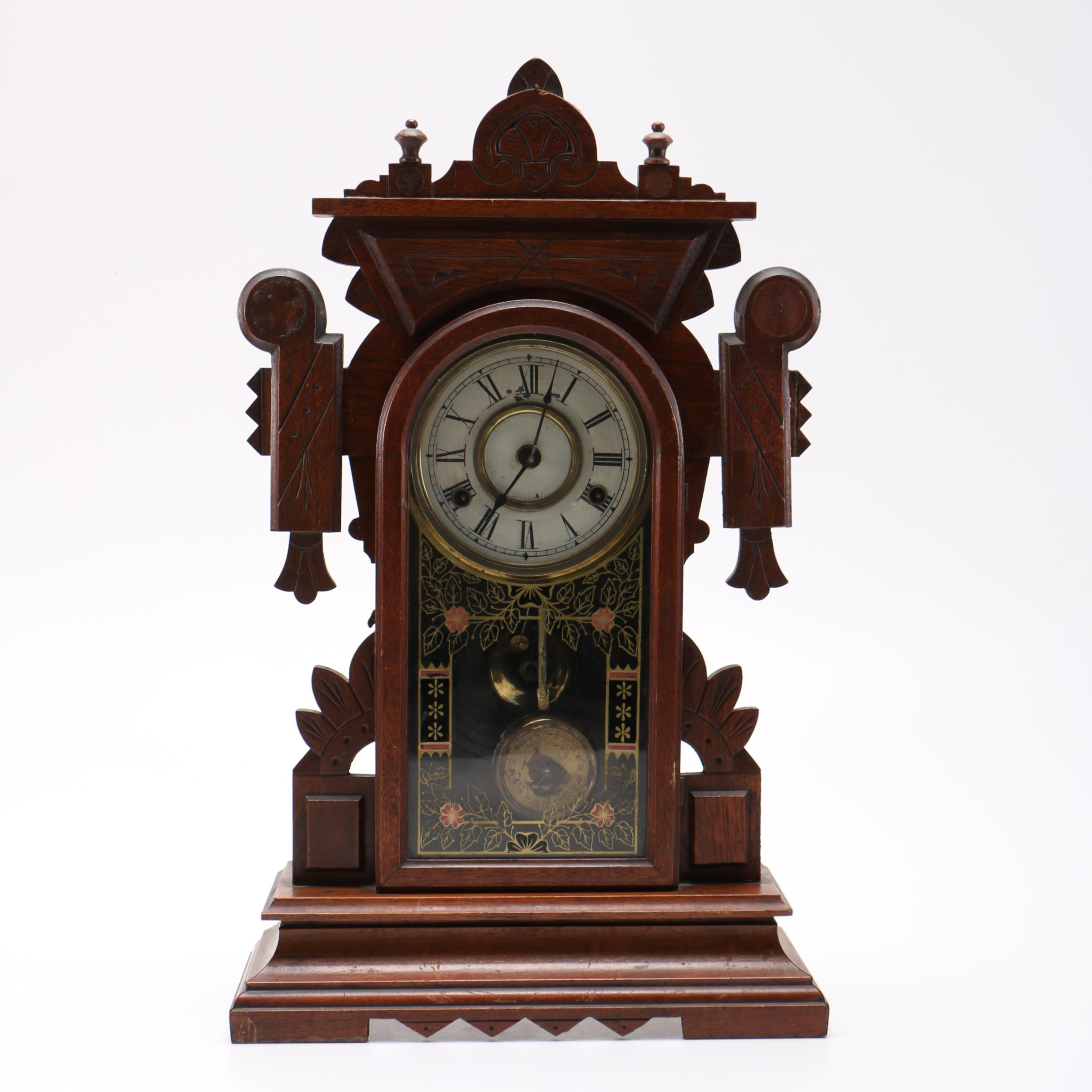 Antique Eastlake Style New Haven Clock Company 8-Day Mantel Clock