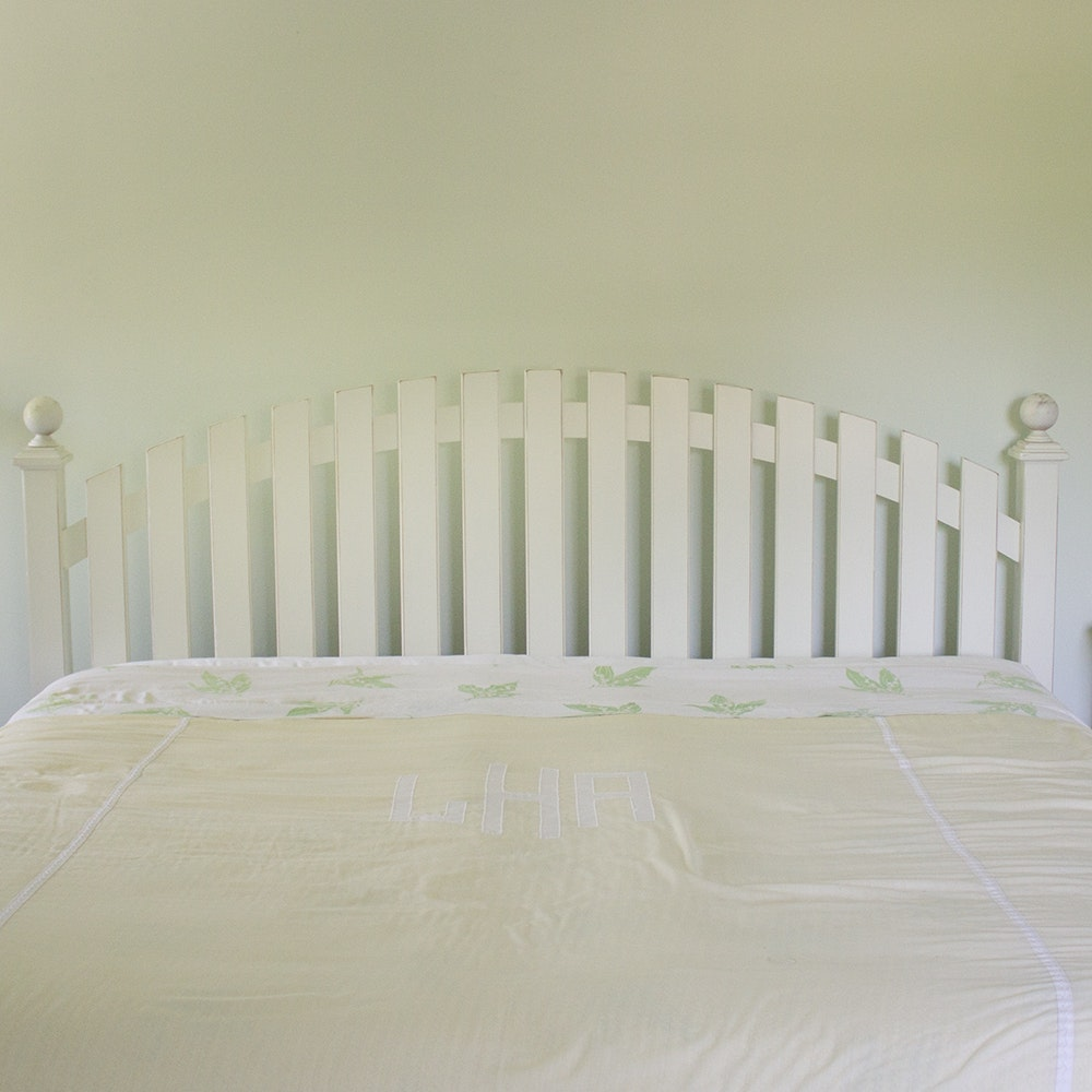 White-Painted Queen Size Picket Fence Headboard