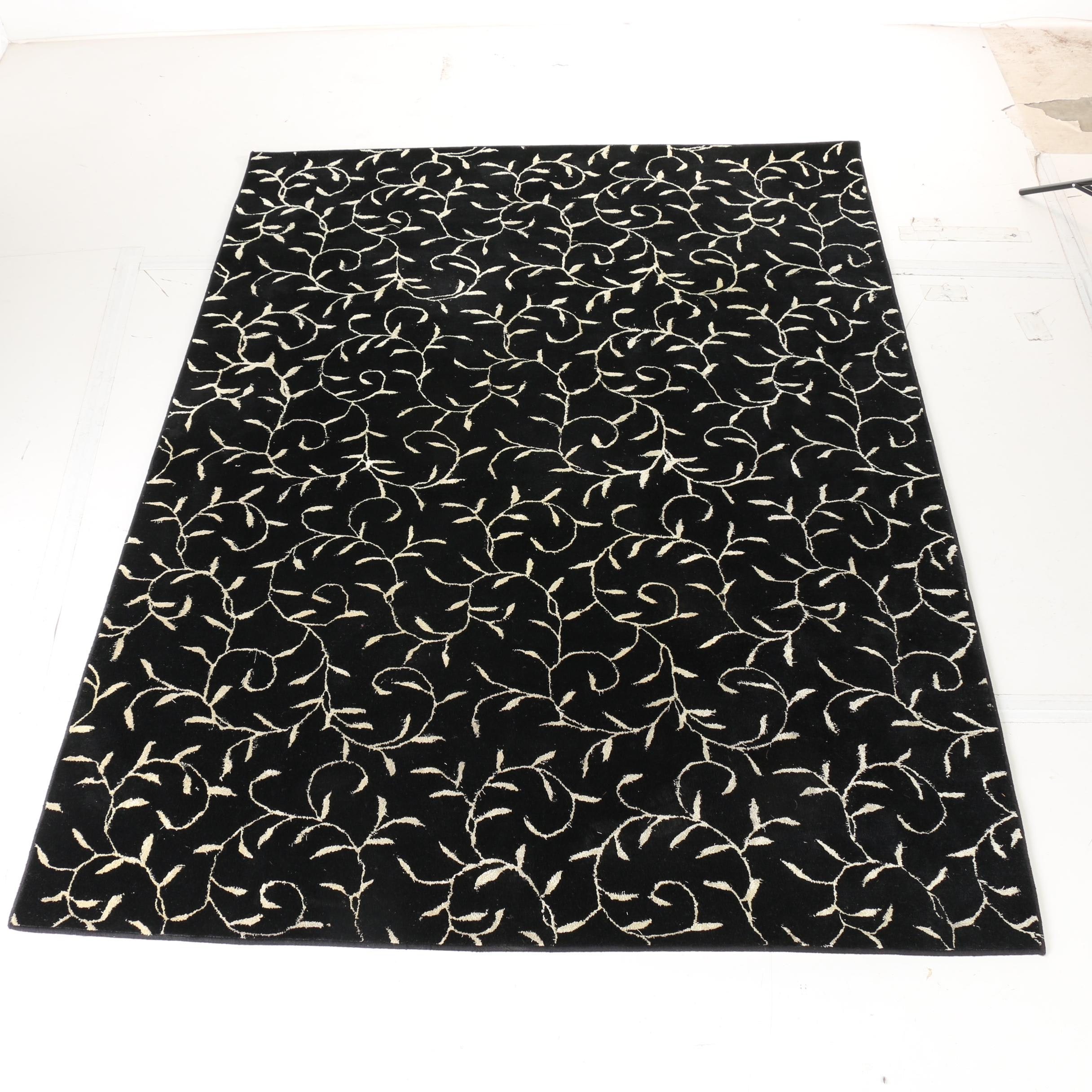 Machine Made Leaf and Vine Area Rug