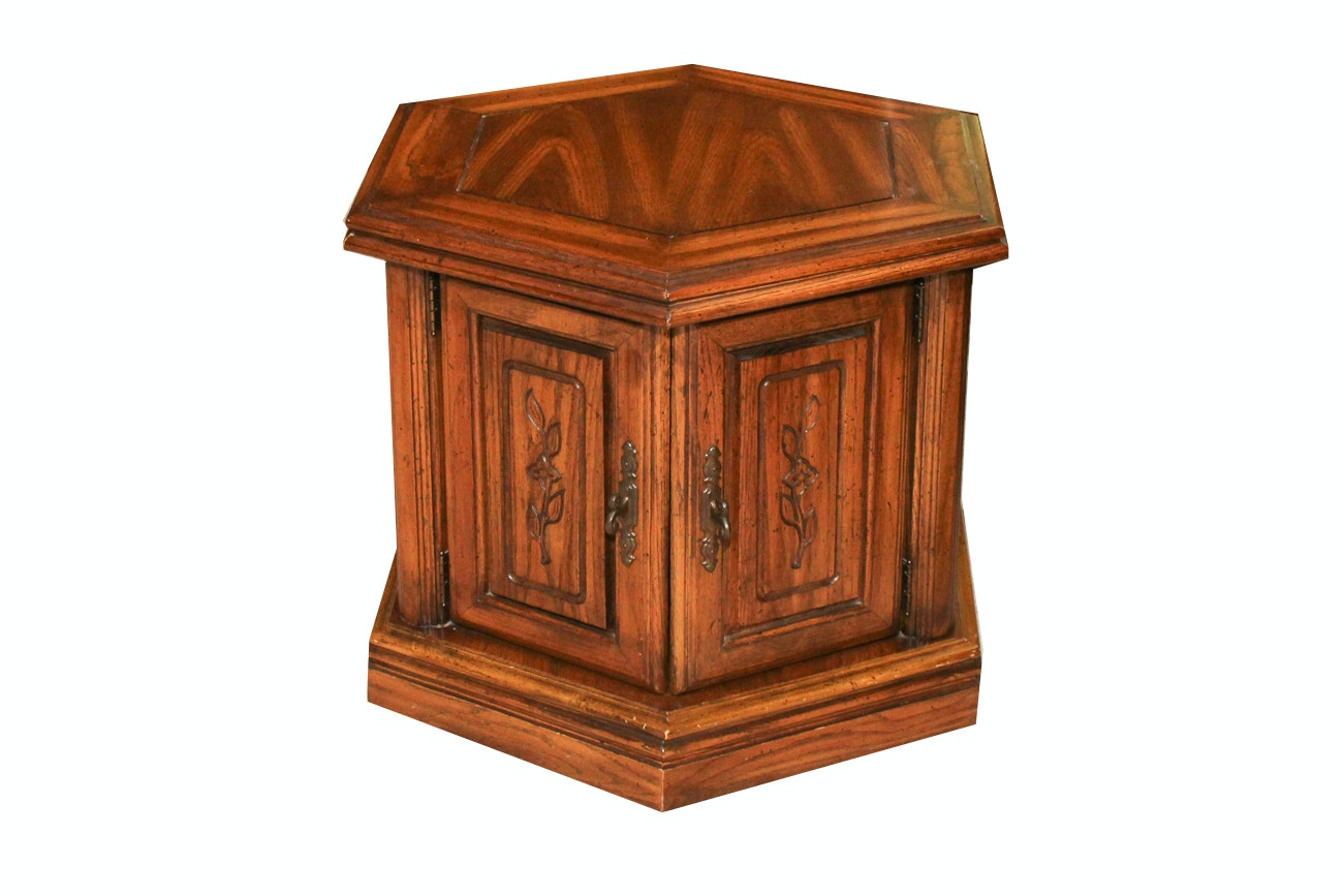 Traditional Style Oak Side Table