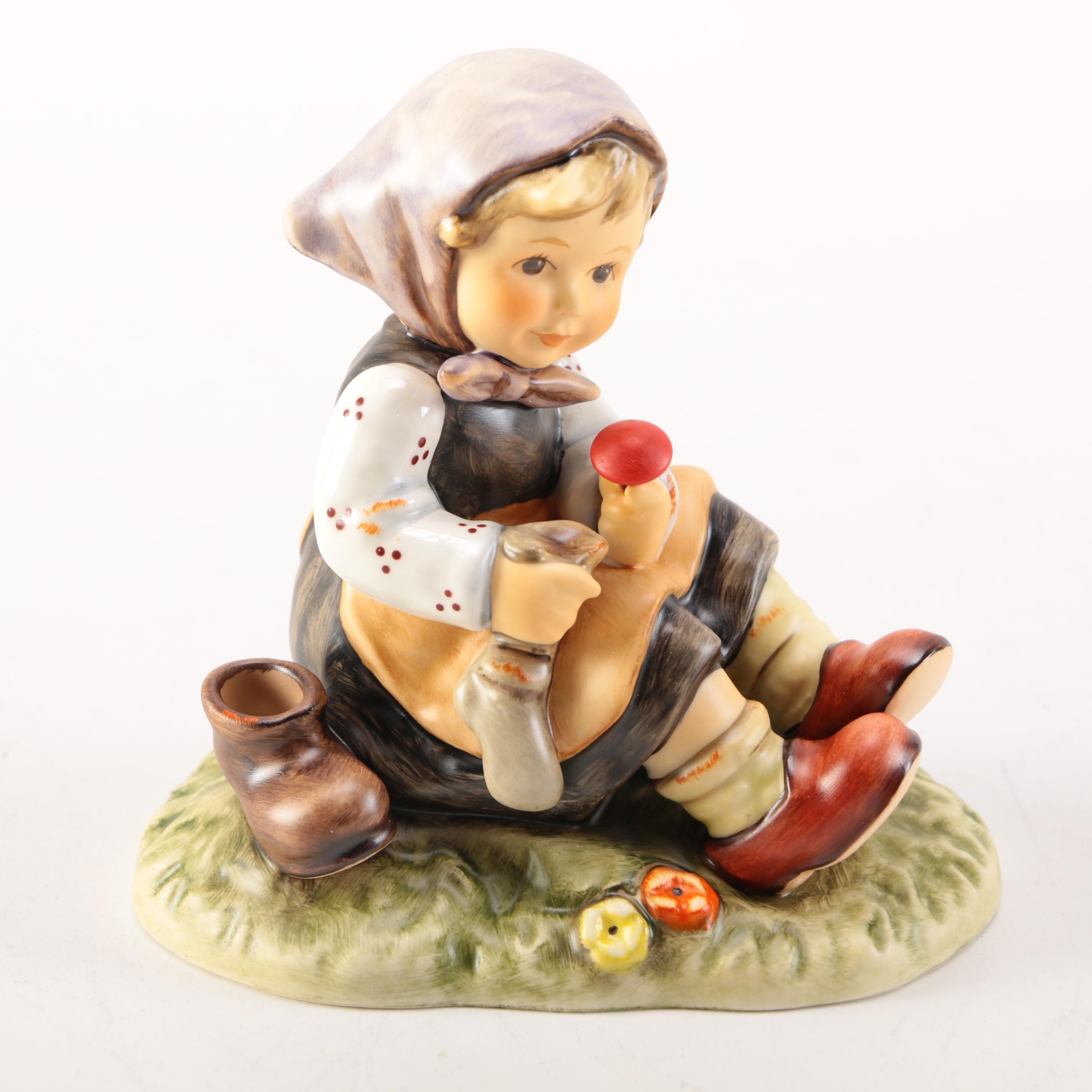 """Hummel """"Let Me Help You""""  Figurine"""