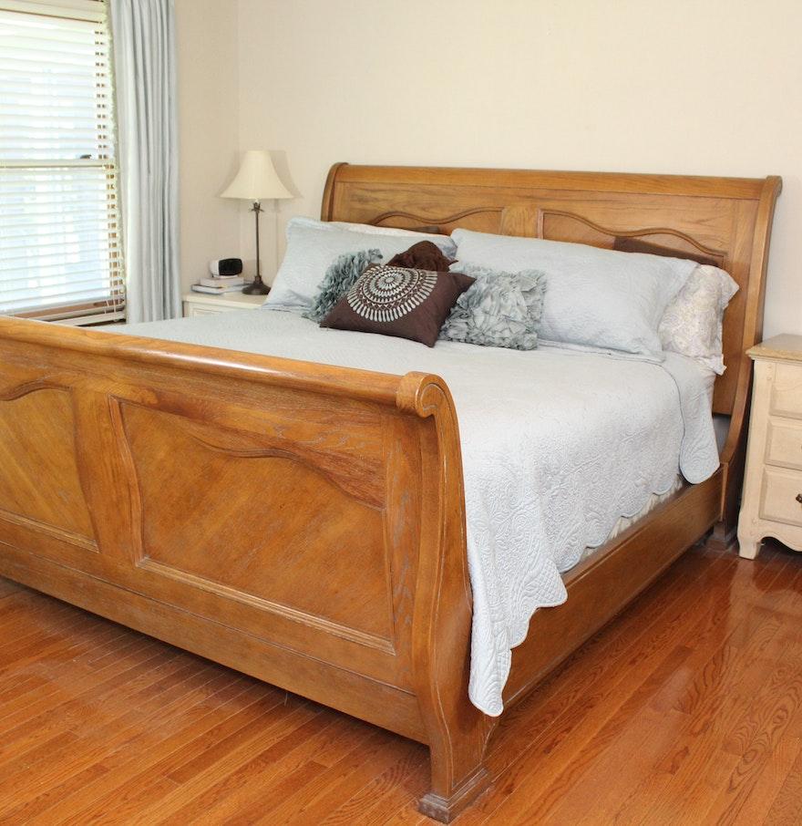 king size oak sleigh bed frame ebth. Black Bedroom Furniture Sets. Home Design Ideas