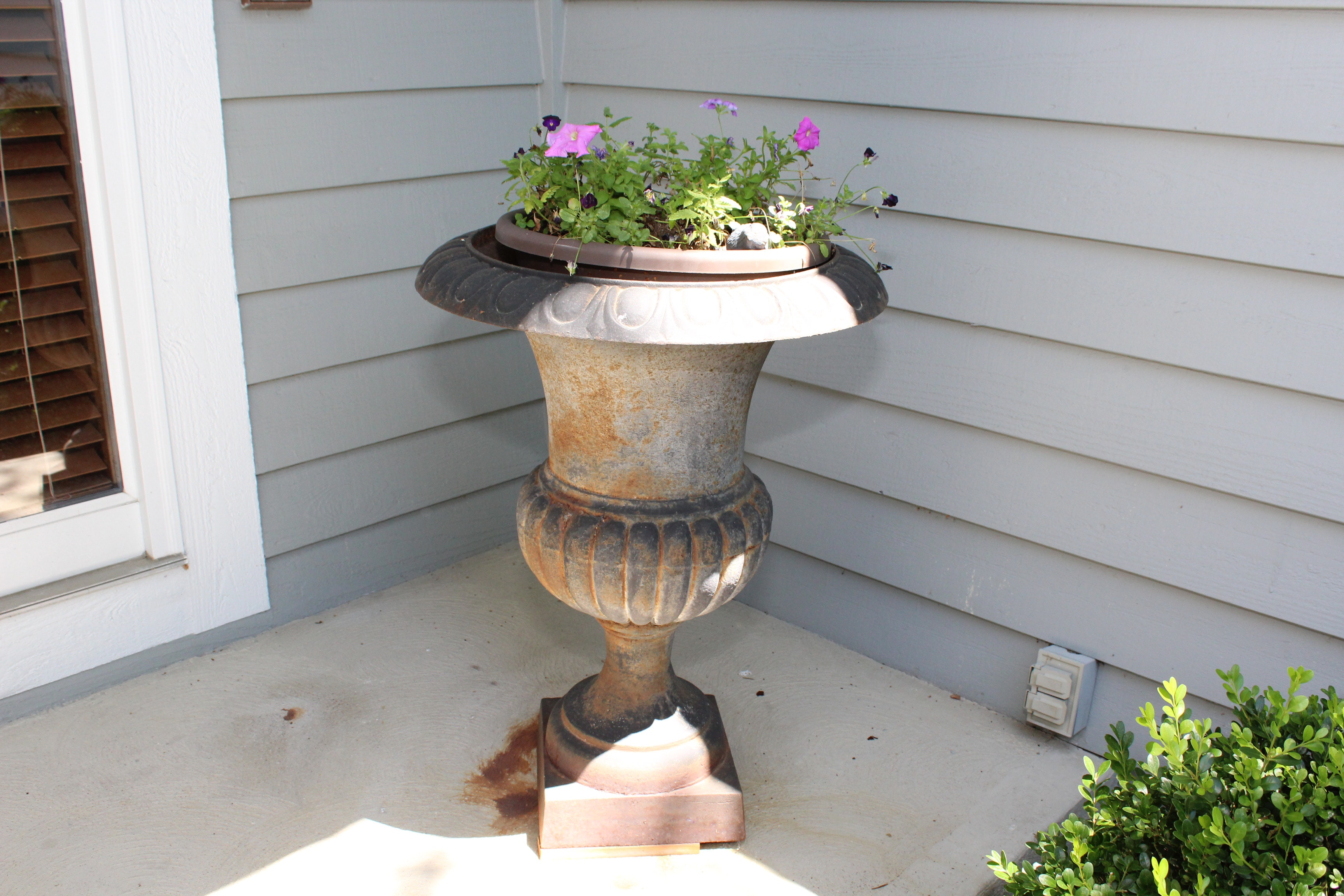 Large Outdoor Cast Iron Urn