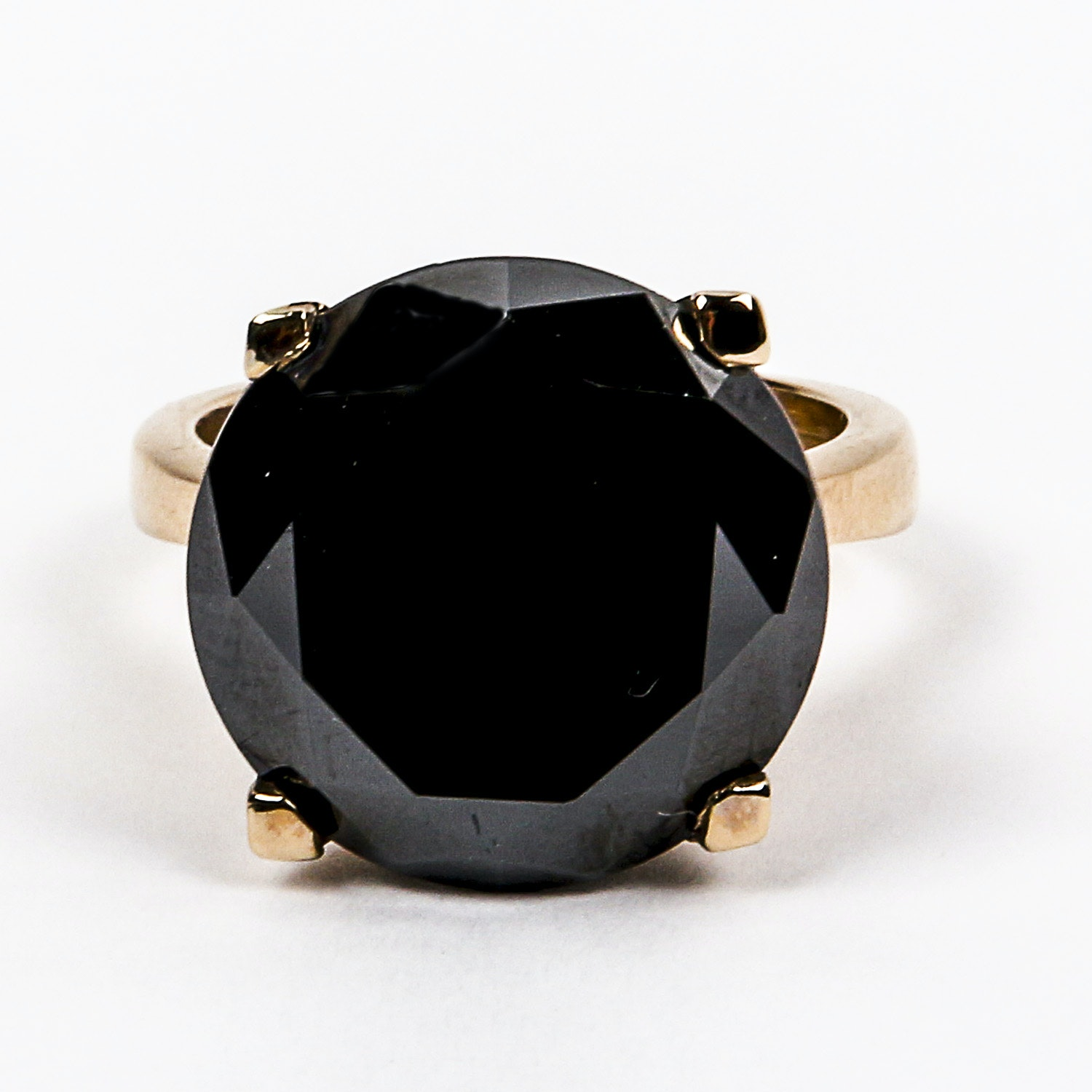 18K Yellow  Gold Ring with a Round Cut Black Diamond