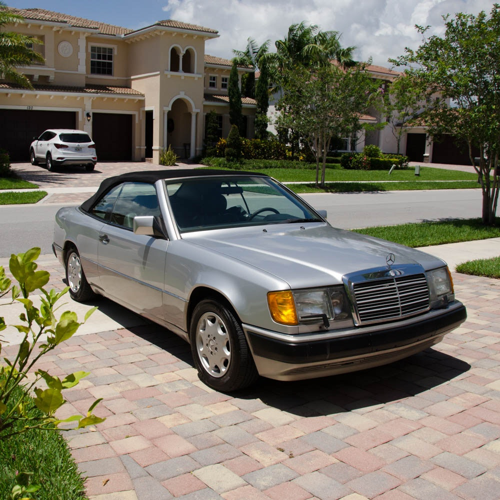 1993 Mercedes-Benz 300-Class Convertible Coupe