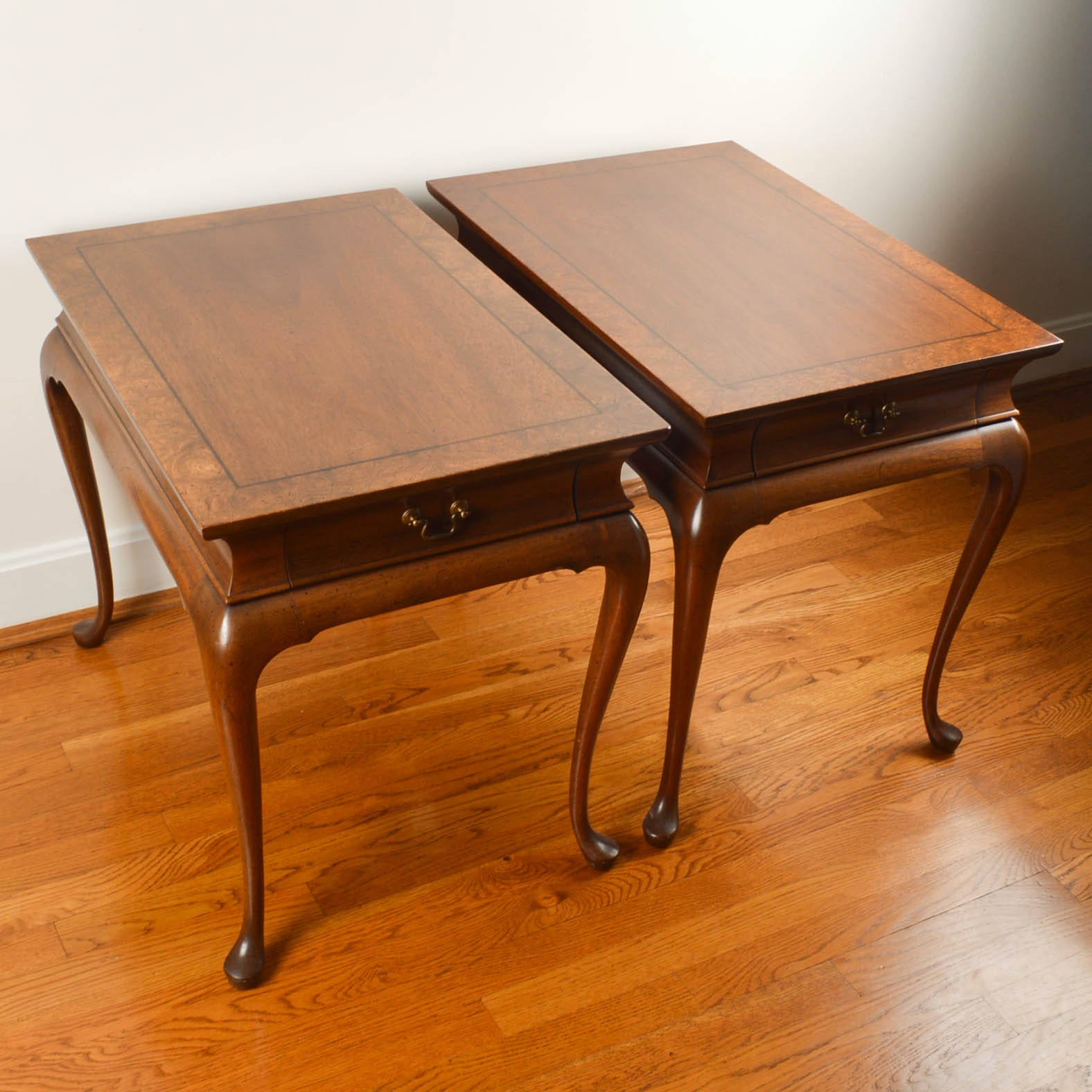 Pair Of Hickory Chair Company Queen Anne Style End Tables ...
